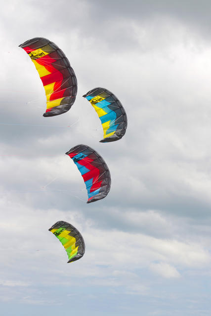 Trainer Kite Ozone Ignition - Kiteboarding Cairns Australia